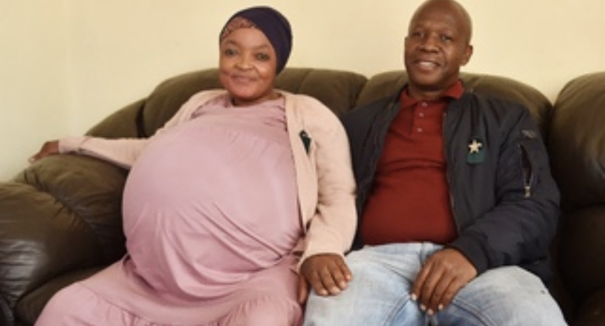 37 Year Old South African Woman, Gosiame Sithole, Gives Birth To 10 Children, Breaking The Guinness World Record Of Most Babies On A Single birth