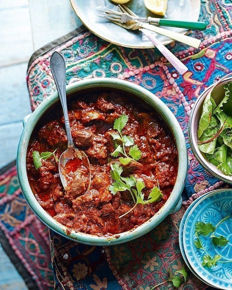 #MbbaTastyThursday: Zigni berbere,  a spicy Eritrean Stew